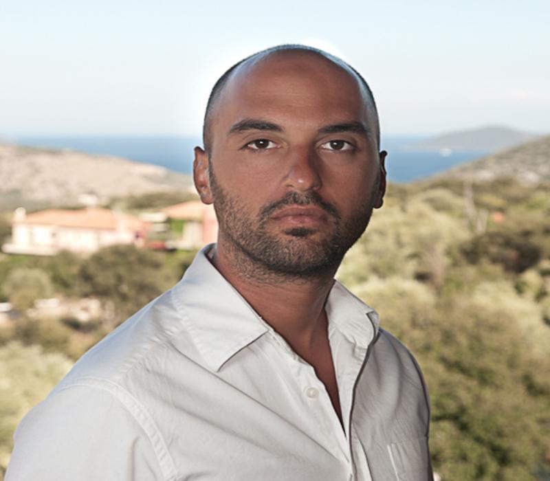 Συνέντευξη με τον συγγραφέα Διονύση Αλυσσανδράτο