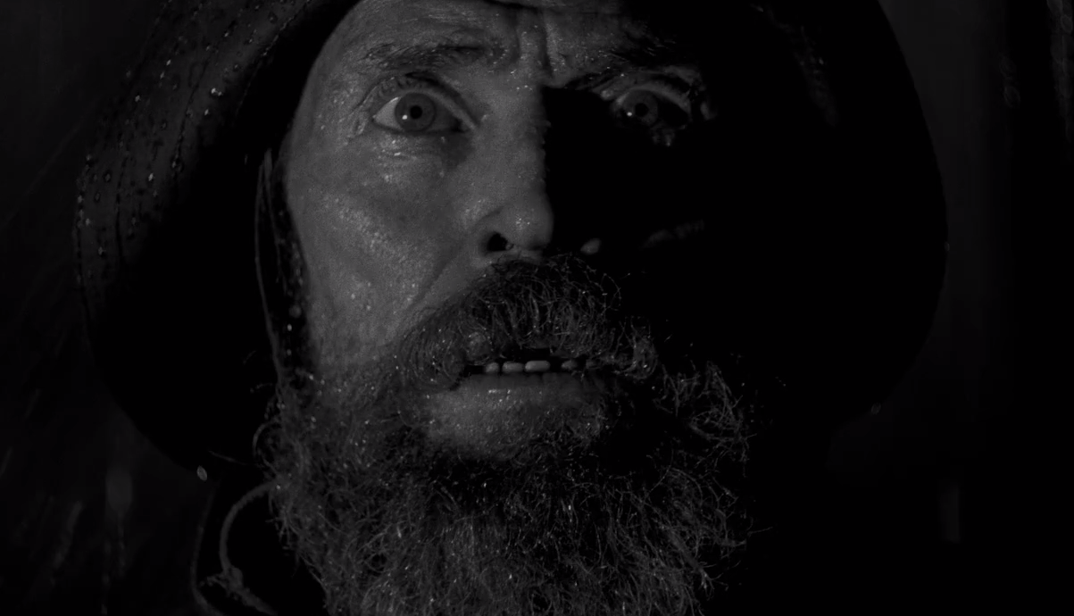«The Lighthouse»: ασπρόμαυρος εφιάλτης από τον σκηνοθέτη του «WITCH»